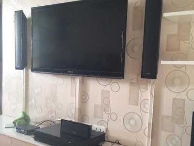 Thi công giấy dán tường phòng khách Darae