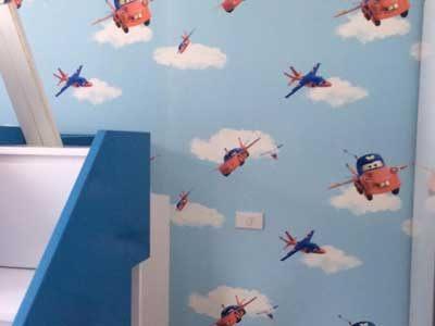 Thi công giấy dán tường phòng trẻ em
