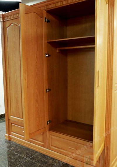 Tủ quần áo gỗ sồi 4 buồng 01